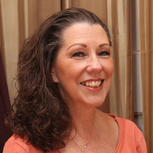 Lora LaMon